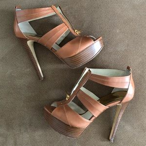 Michael Korda Brown Heels w/ Gold Zipper 7.5